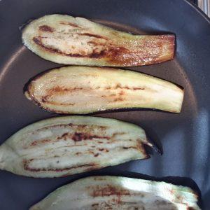 Polpette di melanzane al sugo di pomodoro-3