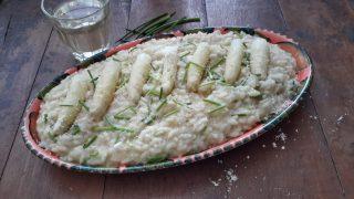 Risotto con crema di asparagi (risotto met asperge-crème)