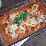Gnocchi alla Sorrentina (aardappelgnocchi met tomatensaus en mozzarella uit de oven)