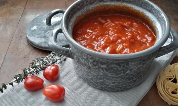 de lekkerste verse tomatensaus