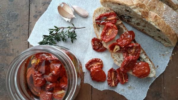Pomodorini confit sott'olio-6