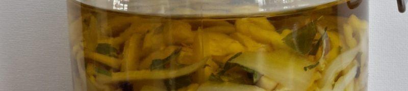 Aubergine ingemaakt in olijfolie